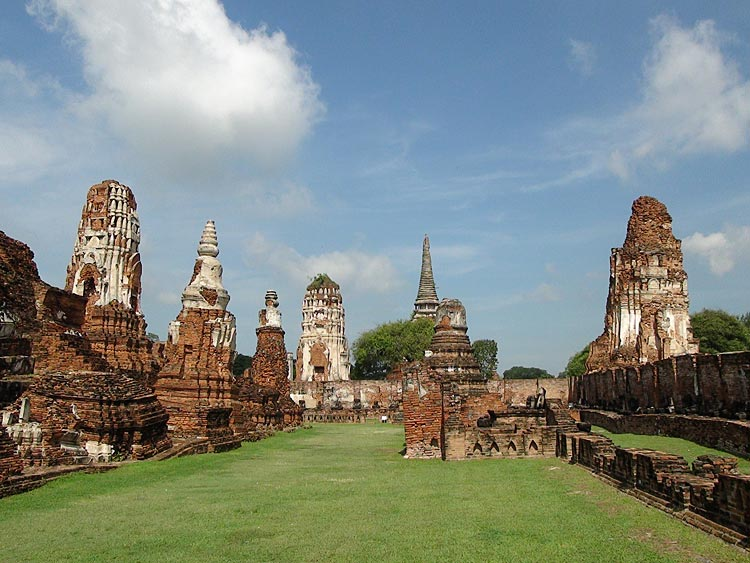 Pictures of Wat Mahathat, Ayutthaya Historical City, Thailand